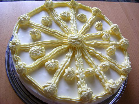joghurt-zitronen-torte